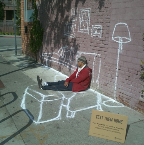 Text Them Home, arte en la calle