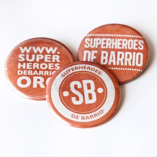 superheroes de barrio chapas