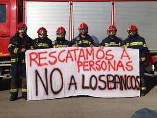 bomberos contra banqueros