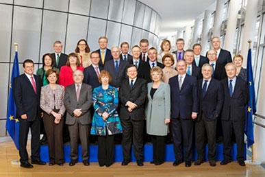 Fotografía de los miembros de la comisión europea.
